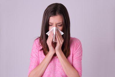 花粉症と肌荒れ、ニキビ